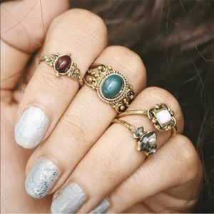 Jewelry - Midi ring bundle